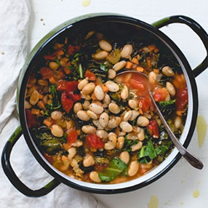 One Pot Tomato, Collard and White Bean Stew